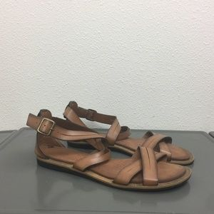 Clarks Brown Strappy Flat Slingback Sandals 7.5M